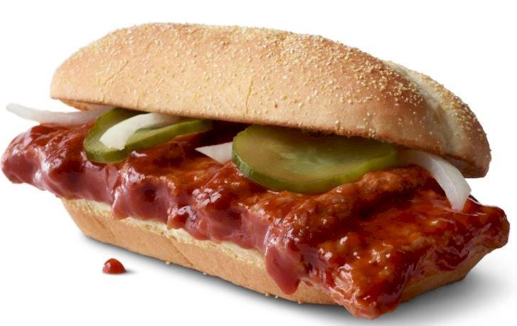 맛의 계절이 돌아온다. McDonald's®의 McRib이 돌아온다.